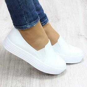 Слипоны – что это за обувь и с чем ее носить?